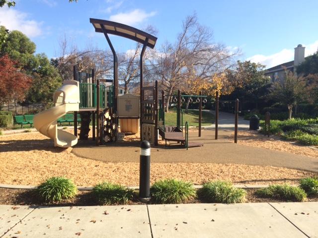 riverwalk-playground-01